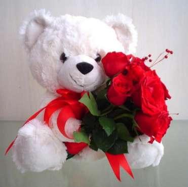 un-cadou-ptr-tine-un-ursulet-si-flori_2be87755b93274